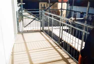 Balkonvorbau holz kreative ideen f r innendekoration und for Wohndesign peter sandriesser gmbh